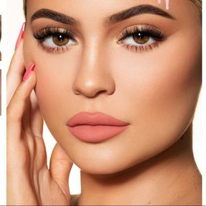 Kylie Cosmetics Matte Queen Lip Kit